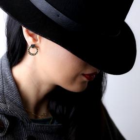 Black Zircon Heart Link Chain Hollow Stud Earring 925 Sterling Silver Jewelry